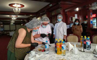 Experiență de muncă la un restaurant din Iași pentru tineri cu Sindrom Down